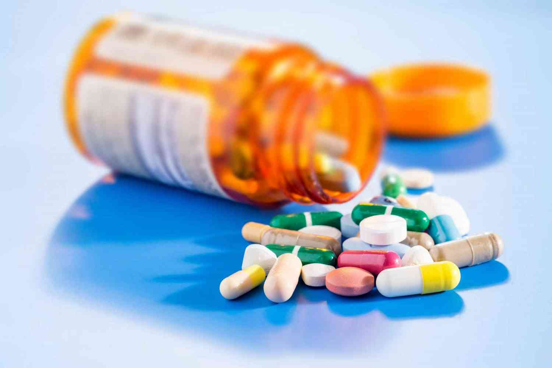 Những loại thuốc chữa bệnh làm yếu sinh lý quý ông